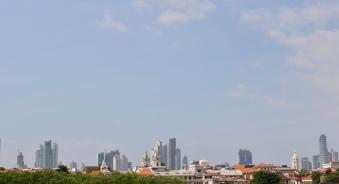 Torres antiguas y modernas